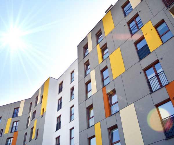 Plattenfassade München: VHF Vorgehängte hinterlüftete Fassade