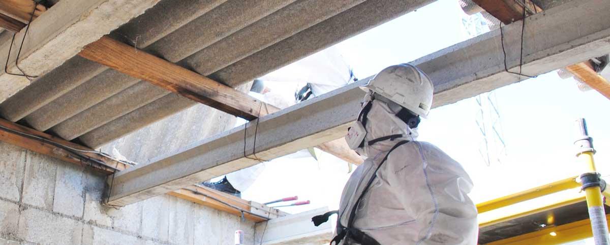 Fachgerechter Umgang mit Asbest. Speedy's Fassaden- und Gebäudereinigung München